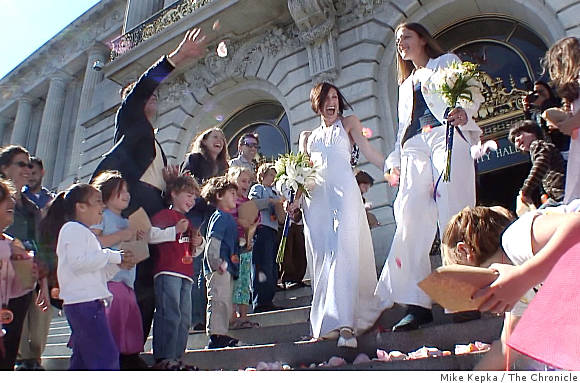 lesbian_counterfeit_marriage_sfchron.jpg