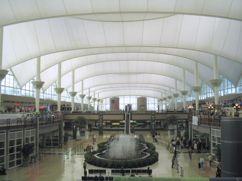 denver_international_airport_terminal.jpg