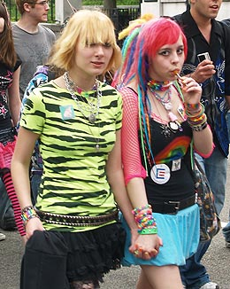 mass_resistance_lesbian_girls-youth-pride-2009.jpg