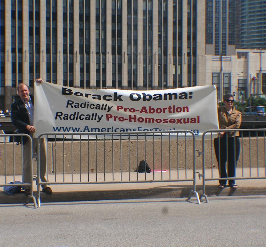 obama-protest-ama-6-15-09.JPG