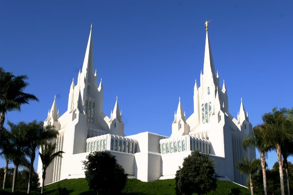 sandiegomormontemple.jpg