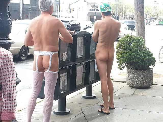SanFran-Nude-guys-from-behind-2013-resized