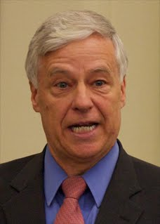 "Maine Democratic Congressman and gubernatorial candidate Mike Michaud led the Portland, Maine ""gay pride"" parada Saturday."